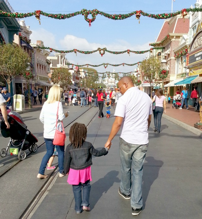 Dad and Daughter at DisneyLand, Mama Knows It All