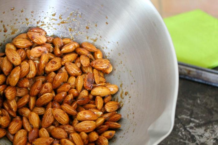 raw almonds 2