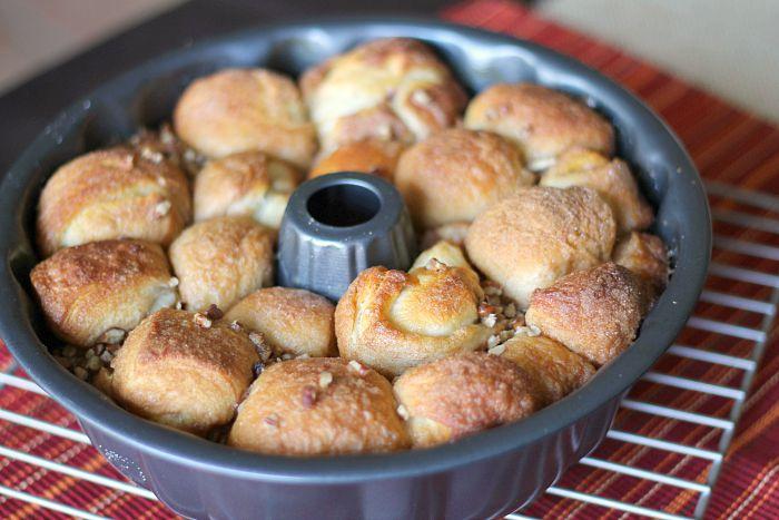 making pecan pie rolls 8
