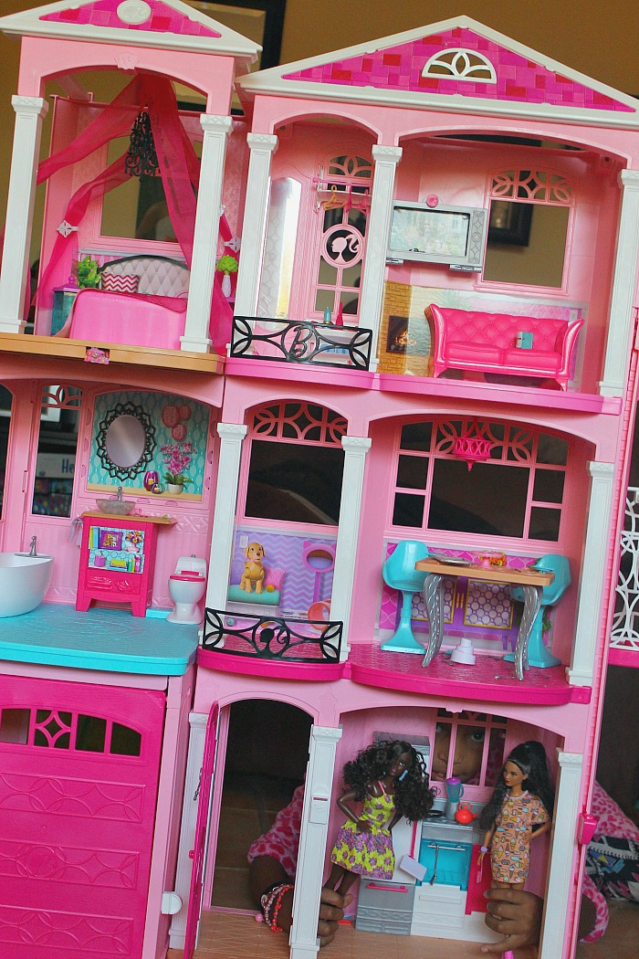 barbie-dreamhouse-2