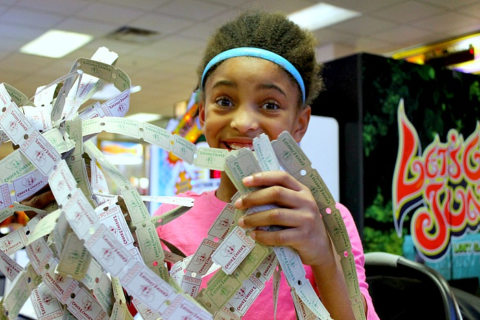 If you love cheese, you'll want to know about Chuck E. Cheese's More Cheese Rewards